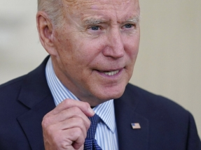 Biden wants 70% of Americans vaccinated by July 4