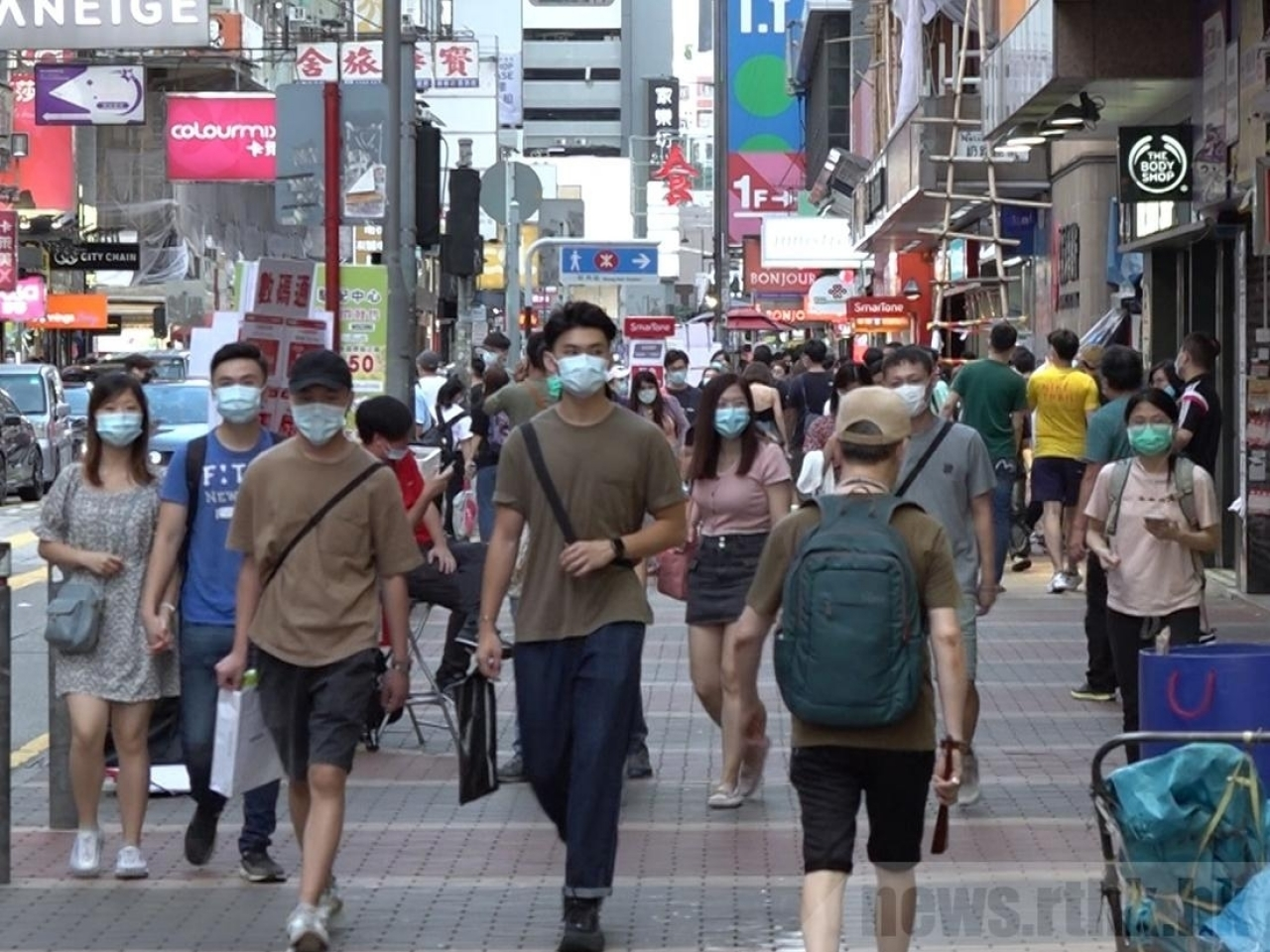 A prominent microbiologist says Hong Kong is lucky to have so far escaped a Covid variant outbreak. File photo: RTHK