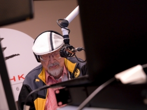 Final encore for Uncle Ray as 70-year DJ career ends