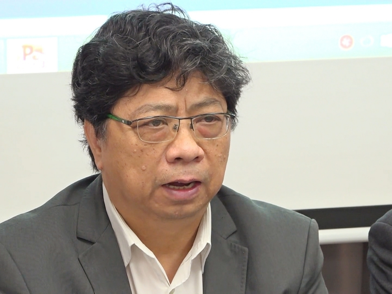HKJA leader Chris Yeung says the decision to drop an RTHK production team will cause anxiety among staff and damage their trust in the bosses. File photo: RTHK
