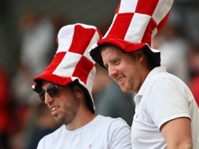Fans at England's Euro games to use vaccine passports