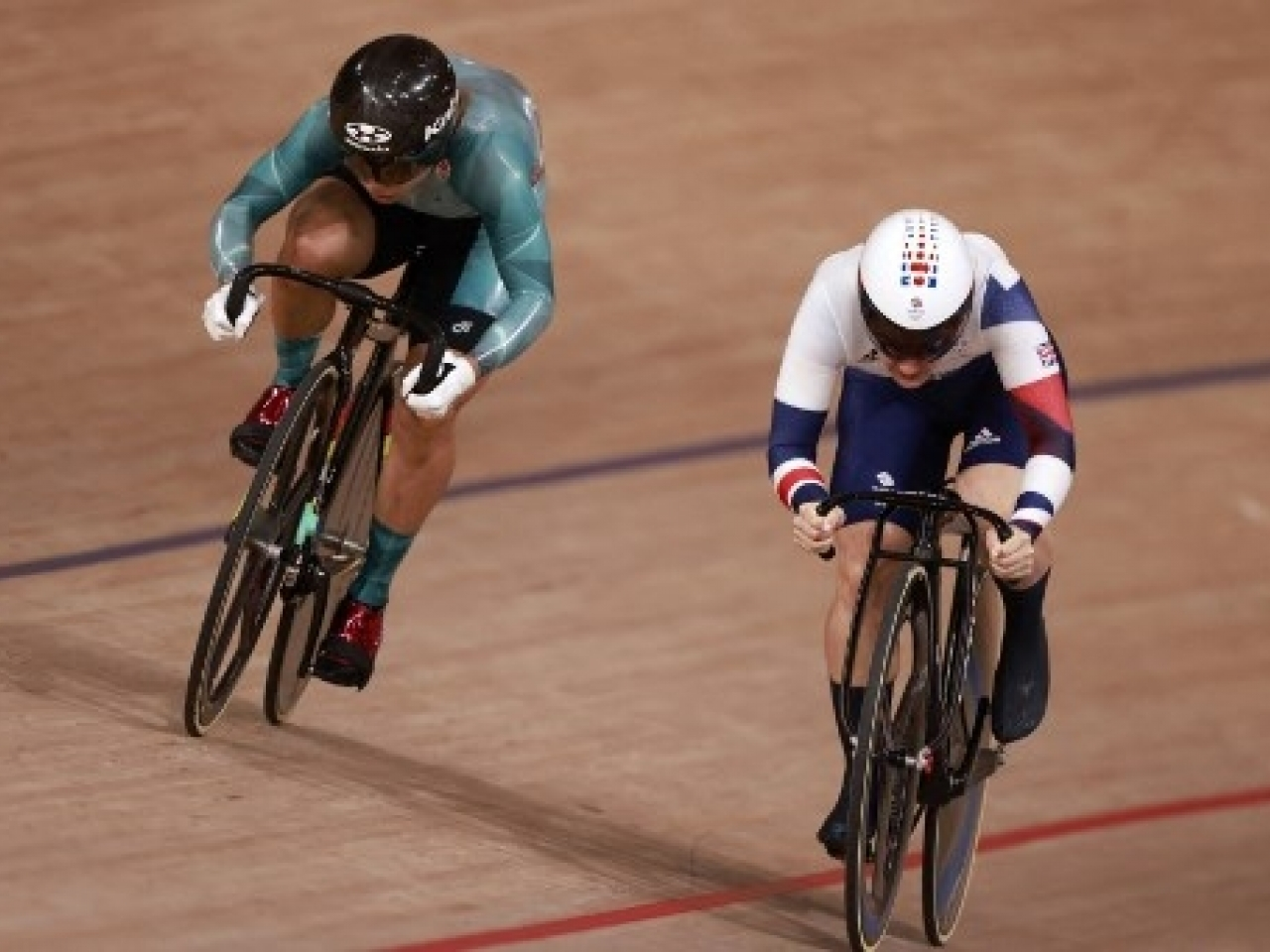 Sarah Lee did it the hard way again, having to power around the outside twice to beat Team GB's Katy Marchant. Photo: AFP