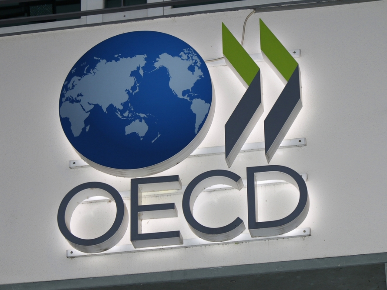The OECD said four countries - Kenya, Nigeria, Pakistan and Sri Lanka - had not yet joined the agreement. Photo: Shutterstock